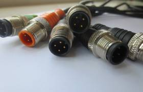 M12 connector and cables